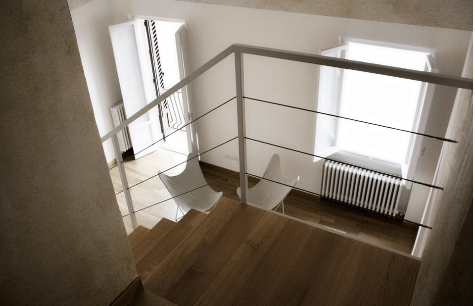 vista-5-del-soggiorno-dal-piano-superiore